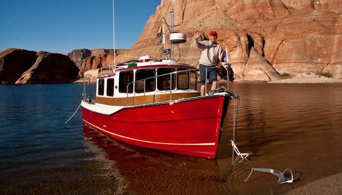 PadreBayCanyonAnchor 254 Beach Anchoring on Lake Powell
