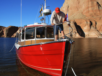 PadreBayCanyonAnchor 259 Beach Anchoring on Lake Powell