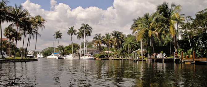 FortLauderdale 50 Idling Up New River – Dinghy Ride