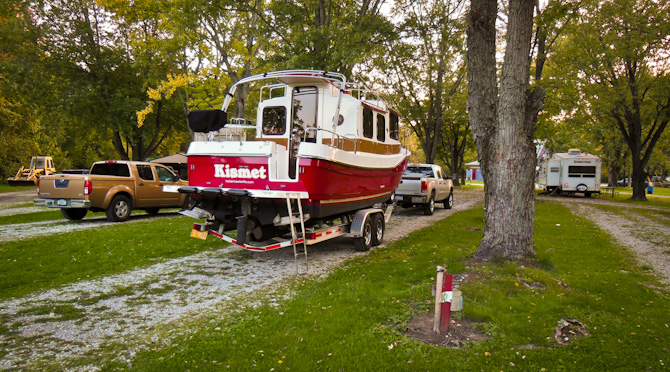 The Little Red Tug Is On The Move Again – Cloverdale RV Park